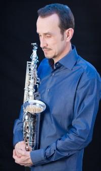 Michel Supéra avec son nouveau saxophone Buffet Crampon