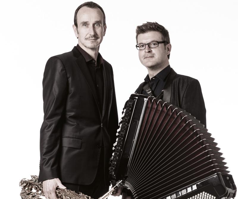 Duo Supéra-Comère aux Pianos-Folies
